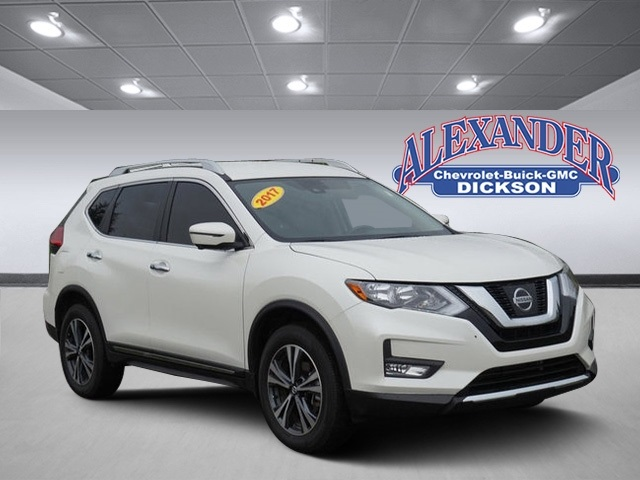Pre-Owned 2017 Nissan Rogue SL