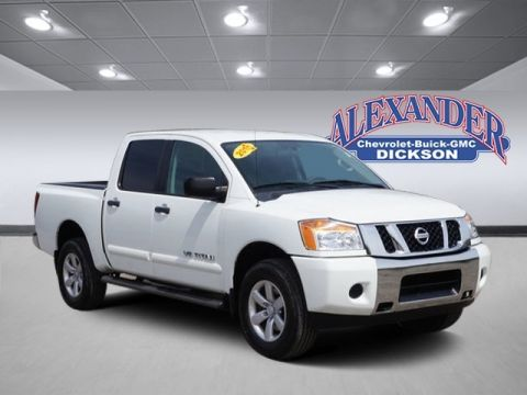 Pre-Owned 2015 Nissan Titan S 4WD