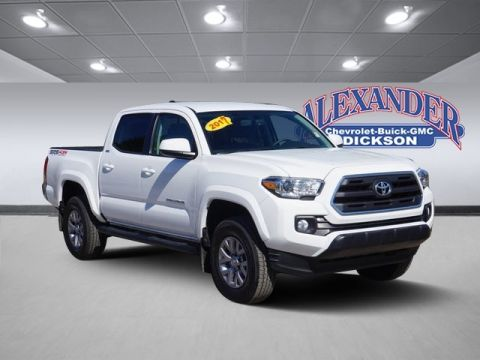 Pre-Owned 2017 Toyota Tacoma SR5 4WD
